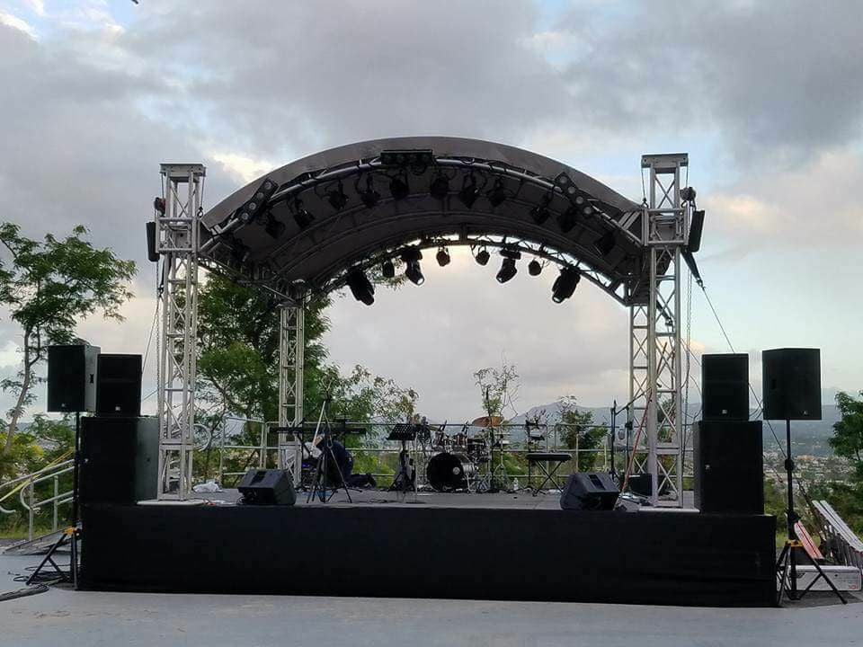 musique_xpress_stage_and_lighting_11.jpg